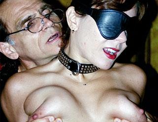 Free porn bikini tits